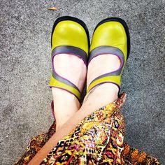 Great creative style shoes:  Elifs ❤️ #fluevog photo: Shannon Lambert