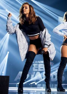 Little Mix perform at the BBC Radio 1 Teen Awards on October 2016 Jesy Nelson, Perrie Edwards, Jade Little Mix, Little Mix Style, Meninas Do Little Mix, Jade Amelia Thirlwall, Little Mix Outfits, Teen Awards, Litte Mix