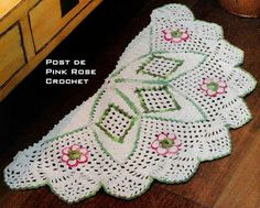 \ PINK ROSE CROCHET /: Tapete Meia Lua em Crochê com Barbante