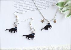Etsy の Star Cat Earrings necklace set black cat by CalalaSpoonCat