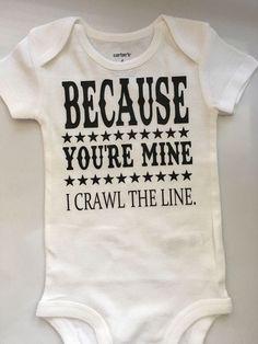 Baby boy baby baby body – I Crawl the line baby – Johnny Cash baby – Ando t … – ideas de ropa de bebé The Babys, Organic Baby Clothes, Cute Baby Clothes, Babies Clothes, Summer Clothes, Johnny Cash, Baby Outfits, Baby Boys, Baby Gap