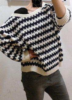 Kupuj mé předměty na #vinted http://www.vinted.cz/damske-obleceni/svetry/14912195-krasny-hunaty-oversized-svetr-lindex-v-namornickem-stylu-se-78-rukavy