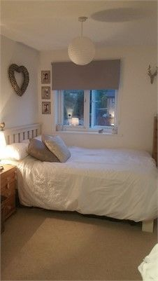 Double Bedroom To Rent Out 600 Inc Bills Horsham Small Room Bedroom Small Double Bedroom Small Bedroom