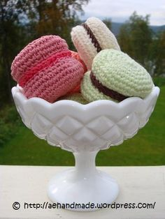 crocheted pastries