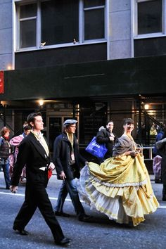 Photo of Cinderella's Nick Spangler and Kendal Hartse hurry three blocks over in costume. Rodgers And Hammerstein's Cinderella, Cinderella Broadway, Laura Osnes, Thanksgiving Day Parade, Kendall, It Cast, Costumes, Baby, Dress Up Clothes