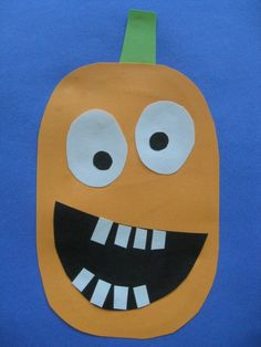 Over 70 PUMPKIN crafts and recipes for kids! @funfamilycrafts #kidscrafts #halloween