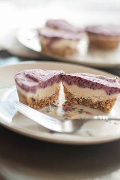 Raw Blueberry Cardamon Cheesecake Tarts