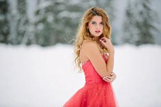 Senior snow, Senior pictures in the snow | Toni Lynn Photography