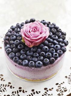 purple blueberry wedding cake