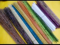 How To Color Newspaper Tubes & Soften it For Weaving / Newspaper Craft / Best out of waste - The Effective Pictures We Offer You About DIY decorating bedroom A quality picture can tell you ma - Newspaper Craft Basket, Recycle Newspaper, Newspaper Crafts, Recycled Paper Crafts, Recycled Magazines, Cardboard Crafts, Willow Weaving, Basket Weaving, Corn Husk Crafts
