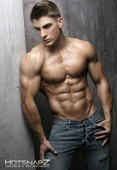 Musculos Y Pasion Ryan Terry Modelo De Fitness Impresionante En Estas Ultimas Imagenes
