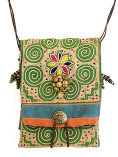 I like my purses colourful and fun - especially small ones that I use for everyday.