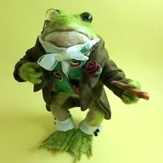 Needle Felted Art by Robin Joy Andreae: Sir Reginald E. Frog & Miss Millicent Mouse