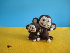 Little monkey and his father