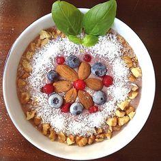 My Casual Brunch: Batido de aveia, banana e frutos vermelhos