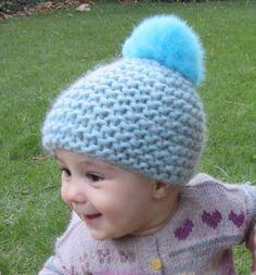 fe8552d053822 Gorro bebé de 6 a 12 meses de lana gorda azul con pompón piel conejo al tono