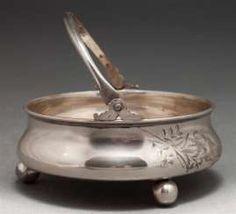ZUCKERDOSE AUF DEN PERLEN Bronze, Antiques, Gold Paint, Beads, Antiquities, Antique, Old Stuff