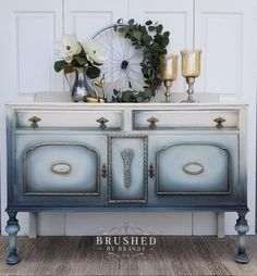 New Refinishing Furniture With Chalk Paint Shabby Chic Annie Sloan 47 Ideas Refurbished Furniture, Repurposed Furniture, Shabby Chic Furniture, Furniture Makeover, Diy Furniture, Black Furniture, Luxury Furniture, Favorite Paint Colors, Dixie Belle Paint