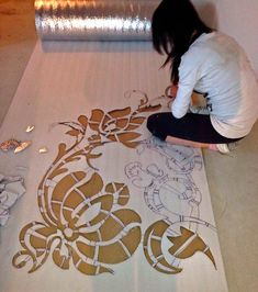 Фотографии stencils for mosaic wall art Plaster Art, Plaster Walls, Plaster Crafts, Stencil Patterns, Stencil Designs, Stencil Templates, Stencils, Wall Sculptures, Fabric Painting