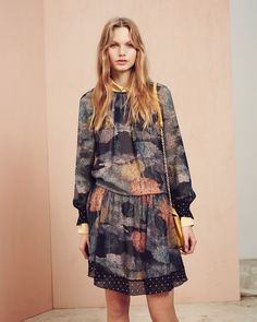 http://www.fashionsnap.com/collection/see-by-chloe/2015-16aw-pre/gallery/index29.php