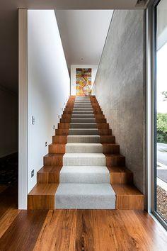 staircase - Eagle Bay Beach House by Zorzi South Stairs Tiles Design, Staircase Design, Tile Design, Staircase Ideas, Railing Ideas, Stairs Architecture, Residential Architecture, Architecture Design, Architecture Portfolio