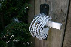 Gunadesign Handmade Jewelry and Fashion Barn: instructions how to make this bracelet