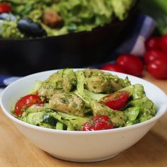 "This Chicken Pesto And Zucchini ""Pasta"" Makes The Perfect Light Summer Dinner Dinner Chicken – Dinner Recipes Diet Recipes, Chicken Recipes, Cooking Recipes, Healthy Recipes, Cooking Food, Easy Cooking, Light Summer Dinners, Healthy Snacks, Healthy Eating"