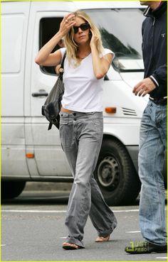 Ooo! I like these baggy jeans!