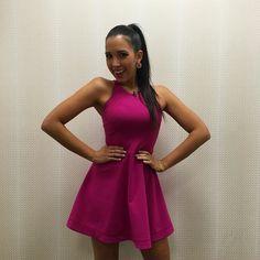 Pretty in pink ready for @benefitcosmetics ----- De rosado lista para @univision y @benefitcosmetics hoy!! by mariale