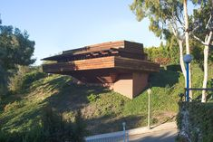 FLW's George D. Sturgess residence, 1939 :: Los Angeles, California :: Cantilevered design floats over hillside