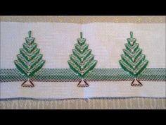 O ponto vagonite é ideal para os iniciantes no bordado, pois é um dos mais fáceis de fazer. Confira algumas dicas e tutoriais para aprender essa técnica. Christmas Sewing, Christmas Embroidery, Huck Towels, Swedish Weaving Patterns, Swedish Embroidery, Monks Cloth, Chicken Scratch, Knitting For Beginners, Quilt Tutorials