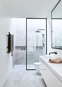 Small Bathroom Shower Remodel Ideas - Page 46 of 63 Bathroom Layout, Modern Bathroom Design, Bathroom Interior Design, Small Bathroom, Bathroom Ideas, Master Bathroom, Shower Ideas, White Bathrooms, Bathroom Black
