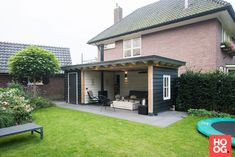Garden Yard Ideas, Backyard Patio Designs, Backyard Landscaping, Loft App, Garden Cabins, Garden Sheds, Backyard Storage Sheds, Porch Veranda, Little Gardens