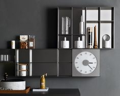 Momento containers - Wall Units