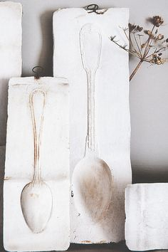 So simple! Plaster casts of vintage spoons!