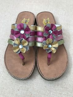 a3b4591d0 RACHEL SHOES GIRLS Gold Pink SPARKLY FLOWER SANDALS FLIP FLOPS YOUTH SIZE 4   fashion