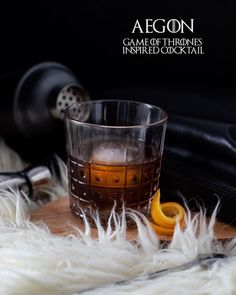 This Aegon cocktail is a Game of Thrones inspired cocktail. This coffee and cognac cocktail is served like a Negroni and could possibly revive you from the dead. Beach Cocktails, Bourbon Cocktails, Coffee Cocktails, Craft Cocktails, Liquor Drinks, Alcoholic Drinks, Easy Drink Recipes, Best Cocktail Recipes, Punch Recipes