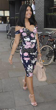 Radiant:Cara De La Hoyde didn't let trolls' comments stop her flaunting her pregnancy cur...