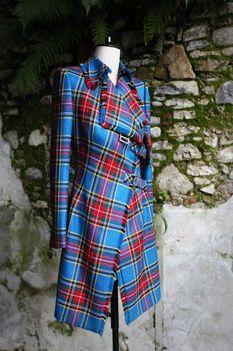 Macbeth Tartan Signature Trenchcoat Tartan Dress, Tartan Plaid, Plaid Coat, Xl Mode, Beautiful Outfits, Cool Outfits, Fashion Mode, Emo Fashion, Gothic Fashion