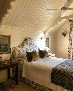 home decor house An Australian Home and Garden Full of Country Cottage Charm An Australian Home and Garden Full of Country Cottage Charm – Blue and White Home Style Cottage, Country Style Homes, Jenny Rose, White Shiplap Wall, Australian Homes, The Design Files, Beautiful Bedrooms, Bedroom Decor, Bedroom Ideas