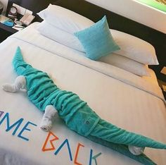 Multichromatic gator at Hotel Jen Maldives, Tree Branches, Art Pieces, Towel, Hotels, The Maldives, Artworks, Art Work