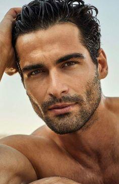man and looks good =) Hot Men, Hot Guys, Beautiful Men Faces, Gorgeous Men, Beautiful Things, Dark Haired Men, Greek Men, Greek Guys, Handsome Faces