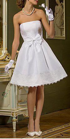 A-line Princess Strapless Knee-length Sashes/Ribbons Taffeta Wedding Dress
