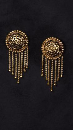 AZVA gold earrings with chain tassels Chain Earrings, Diamond Earrings, Gold Jewellery, Boho Jewelry, Earring Crafts, Pakistani Wedding Dresses, Wedding Earrings, Nirvana, Designer Earrings