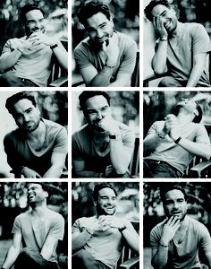 Oh my I just have the biggest crush on this man. Johnny Galecki - Leonard from Big Bang Theory Big Bang Theory, The Big Theory, Dramas, The Bigbang Theory, Johnny Galecki, Photography Poses For Men, Male Poses, How To Pose, Attractive Men