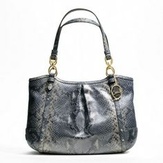 Coach Nwt Rare Large Gray Leather Embossed Exotic Tote Shoulder Bag $220