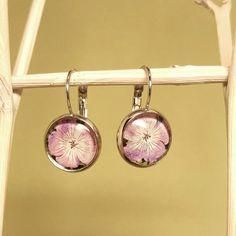 Rosa Blüten Cabochon Ohrringe,silberfarbene Fassung Tolle Hinkucker für den Sommer