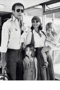 Before you fly across the country to celebrate the Fourth, let these 25 icons inspire your jet set style.