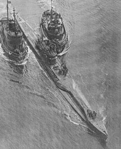 Aerial view of U 234 after surrendering to U. forces at wars end. U 234 was the same type of U boat as U 869 and had the same late war modifications. This photo clearly shows the hour glass shape of the quick diving hull and the schnorkel air mast. Portsmouth, Ww2 History, Military History, Military Art, German Submarines, Battle Of Britain, Tug Boats, Armada, War Machine