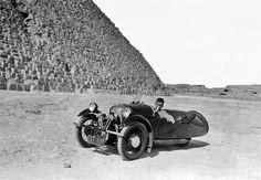 Die Geschichte der Morgan Motor Company (the history of the MMC) Morgan Motors, Morgan Cars, Reverse Trike, Trike Motorcycle, British Sports Cars, City Car, Motor Company, Cool Bikes, Art Cars